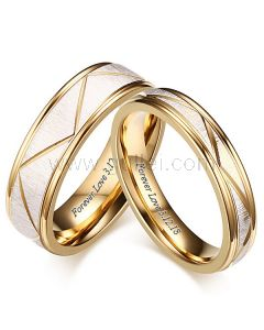 Customized His and Hers Matching Wedding Rings Set